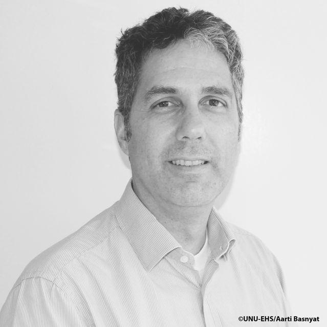 Dr. Fabrice Renaud