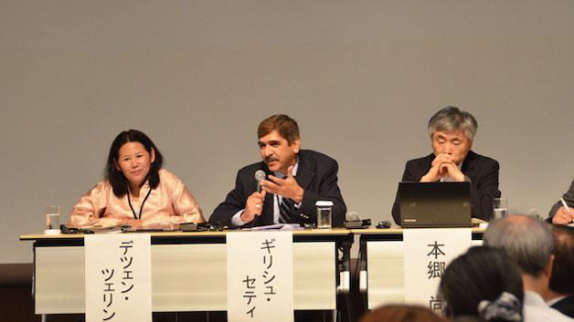Photo:(左から順に)パネリストのデチェン・ツェリンUN Environment in Asia and the Pacific地域ディレクター、ギリッシュ・セティTERI産業エネルギー効率部門シニアディレクターと、本郷尚三井物産戦略研究所シニア研究フェロー/UNU-IAS