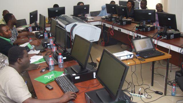 GIS course participants at UNU-INRA GIS Resource Centre