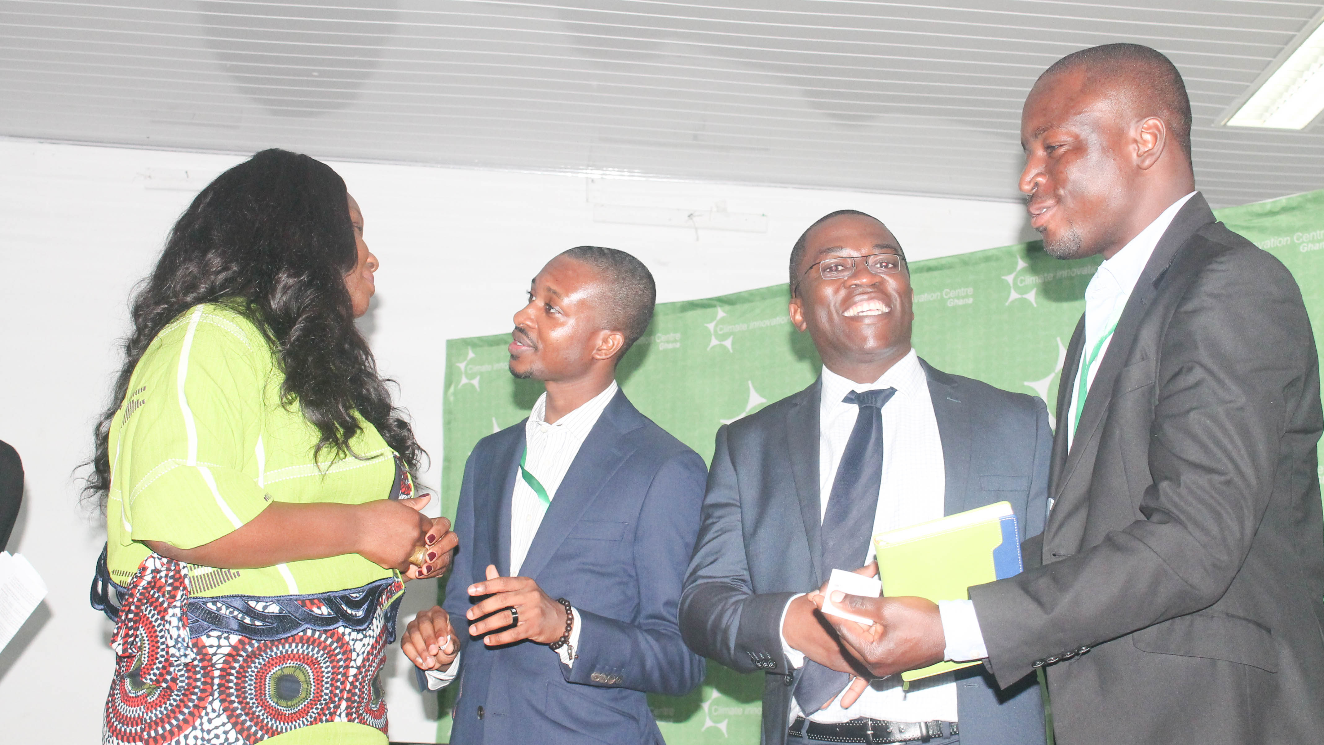 Dr Eric Twum of UNU-INRA (2nd from right) interracting with the participants. On the left is Ms Ruka Sanusi, Executive Director of GCIC