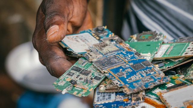 Rich and Poor Nations Can Link up to Recycle E-waste