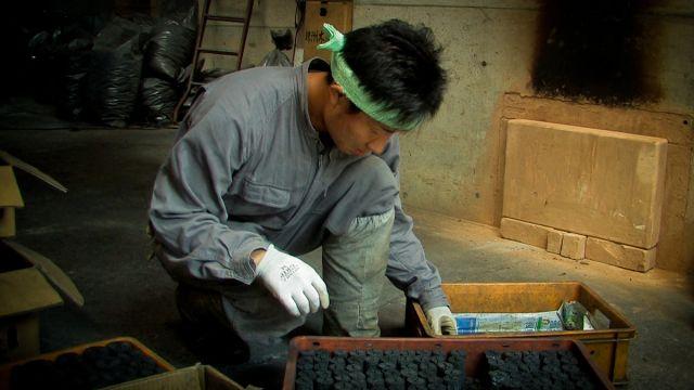 受け継がれる日本の炭焼き