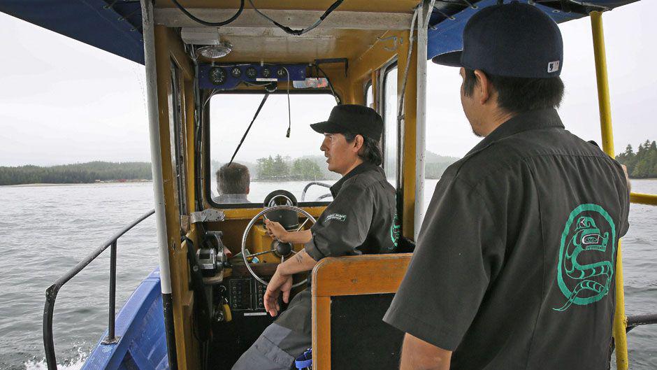 Cory steering boat