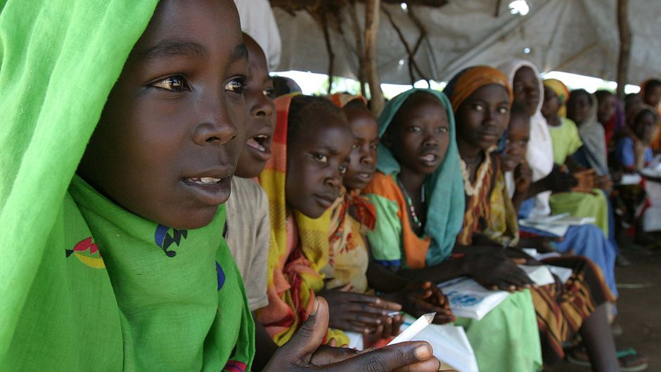 Central African Republic refugee girls