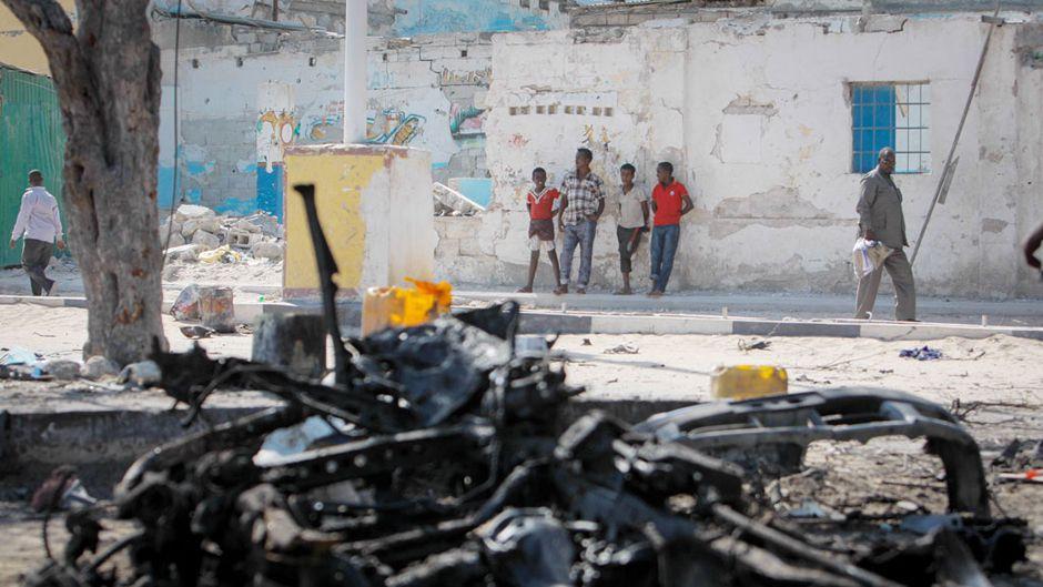Mogadishu_Wreckage_560353