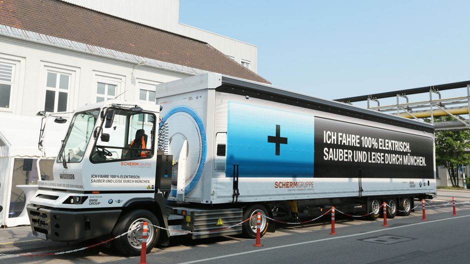 This 100 Percent Electric Eighteen-Wheeler Just Hit the Road in Germany