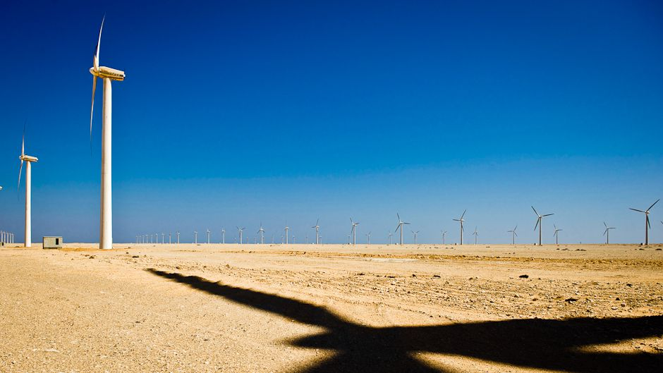 Deserts prove fertile ground for renewable energy