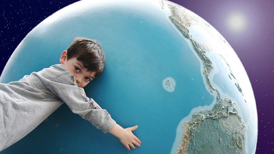 Our World 2.0 よそおい新たに
