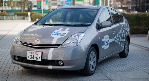 Toyota Prius Plug-in Hybrid - Photo Sean Wood