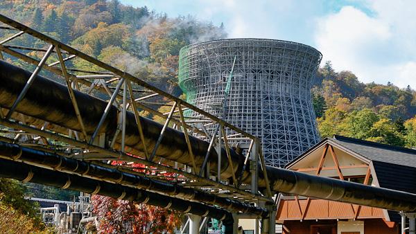 岩手県・松川地熱発電所 撮影:ジェイソン・ヒル