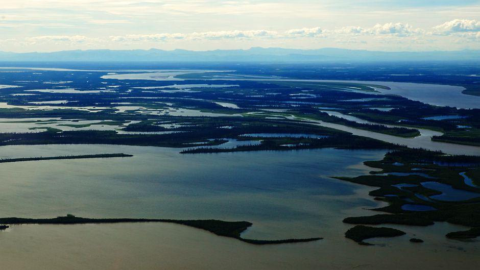気候と開発に脅かされるカナダの河川流域