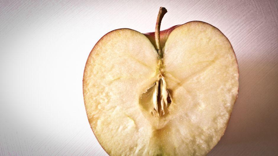 Apples have feelings too