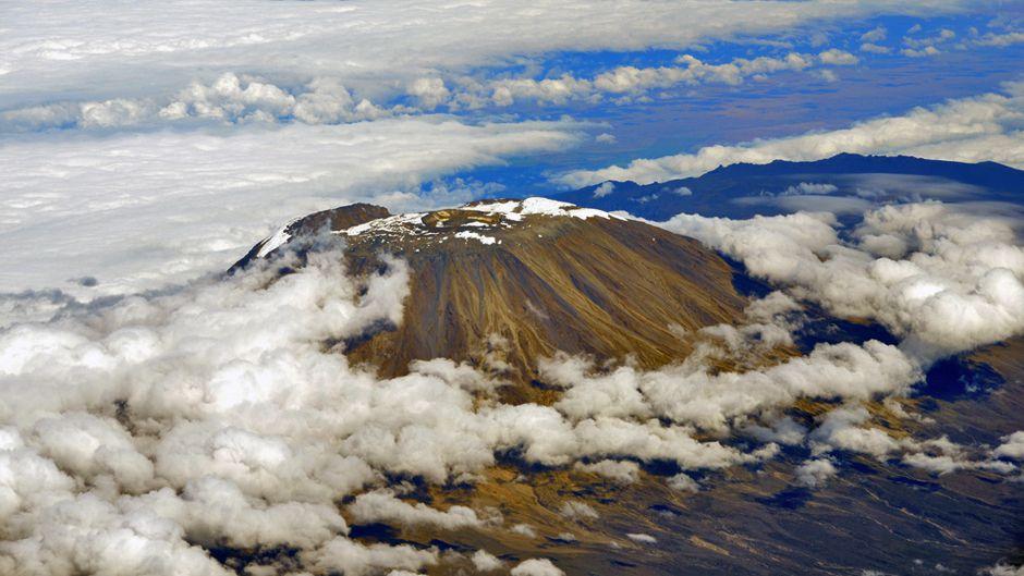 Kilamanjaro aerial