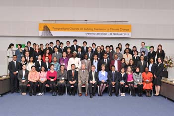 Group photo at the opening ceremony of the 2011 Postgraduate Courses on Building Resilience to Climate Change. Photo: DNP Photo Service.