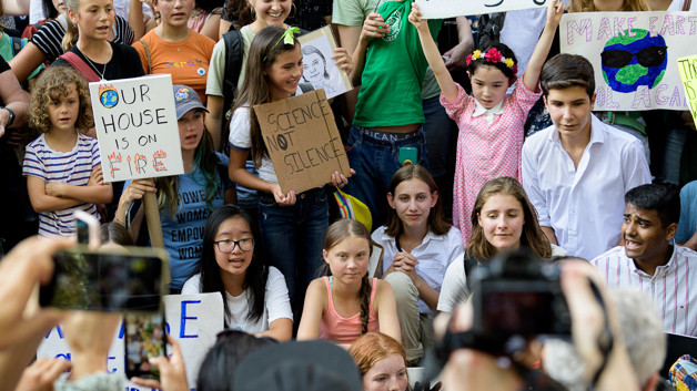 Greta Thunberg joins NYC young climate change activists