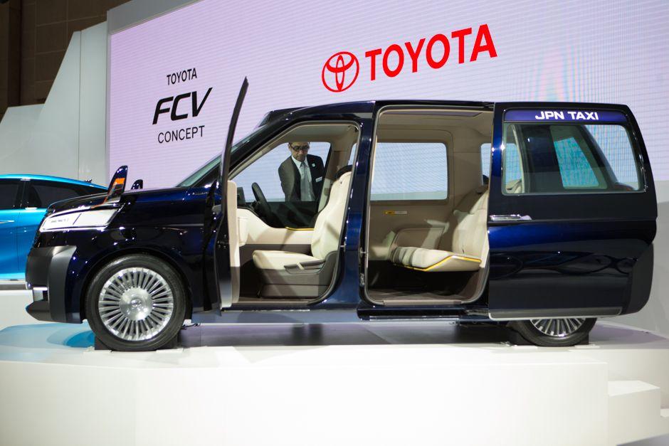 Toyota JPN Taxi concept, LPG hybrid
