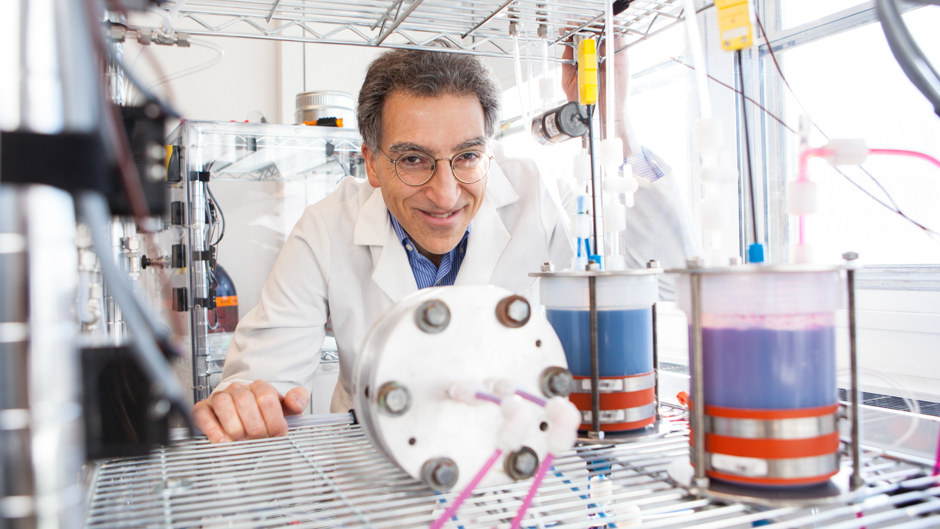 Dr. Michael J. Aziz and the new metal-free flow battery.