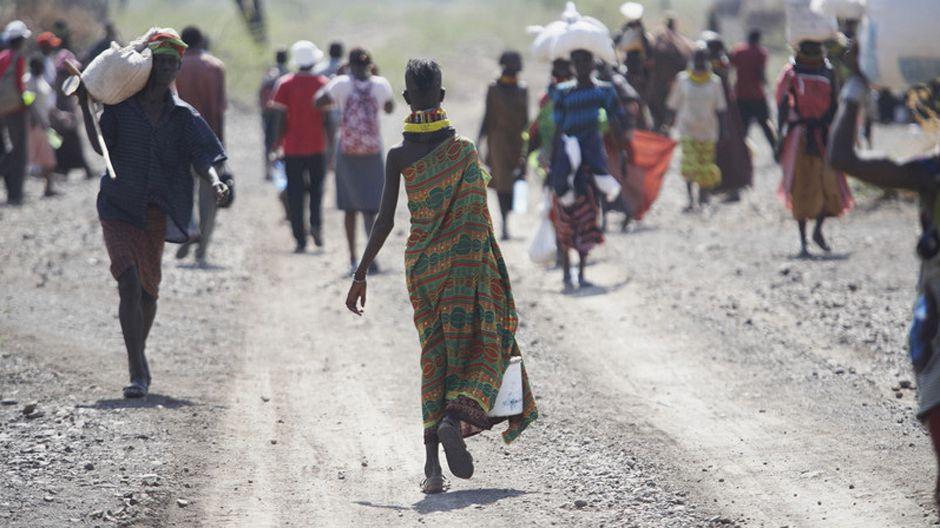 ケニアのトゥルカナの牧畜民たちは、現地の歴史上で最も長い干ばつに見舞われている。写真:オックスファム・インターナショナル