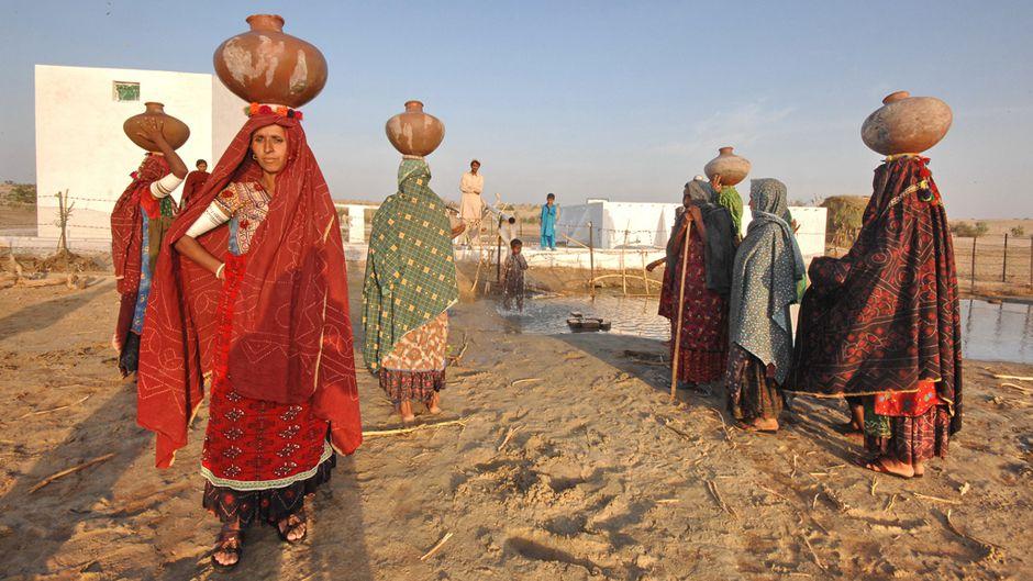 パキスタンの農村が目指す脱炭素社会