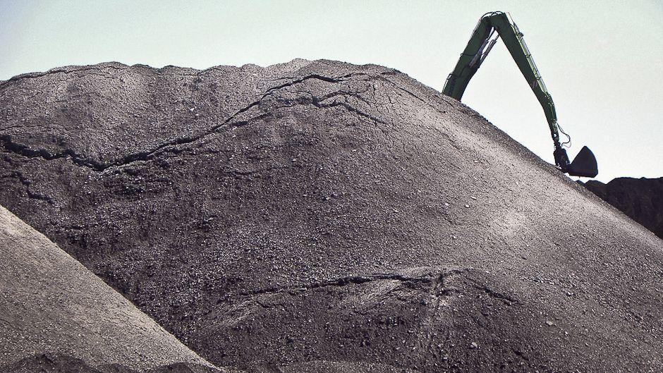 石炭の復権、銀行の制限では抑えられず