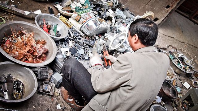 Assessing and Improving China's E-waste Problem